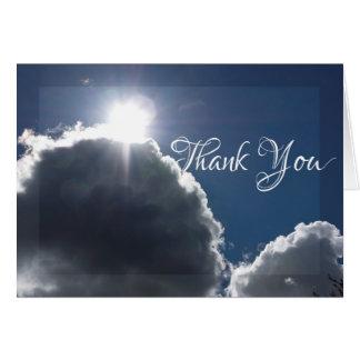 Luz nos cartões de agradecimentos da tempestade