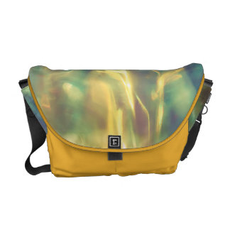 Luz solar no mar esmeralda bolsas mensageiro