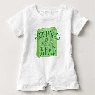 Macacão Para Bebê as boas coisas vêm àquelas que lêem