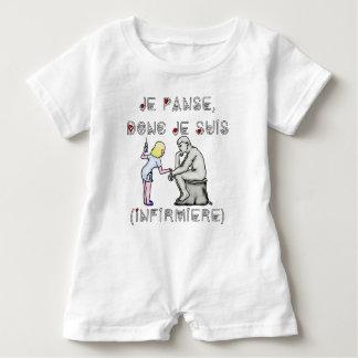 Macacão Para Bebê Enfaixo por conseguinte mim sou (Enfermeira) -