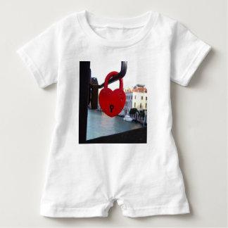 Macacão Para Bebê fechamento do amor em Veneza