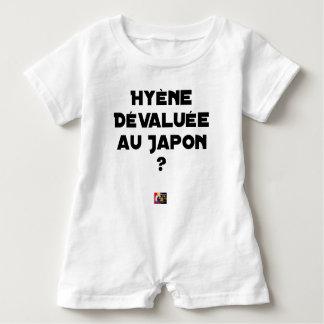 Macacão Para Bebê HIENA DESVALORIZADA AO JAPÃO? - Jogos de palavras