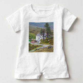 Macacão Para Bebê Hotel de Sligachan, ilha de Skye, Scotland
