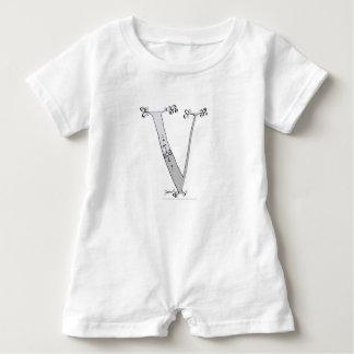 Macacão Para Bebê Letra mágica V do design tony dos fernandes