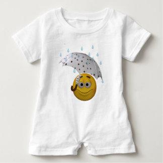 Macacão Para Bebê Pouca ajuda para mantê-lo para secar