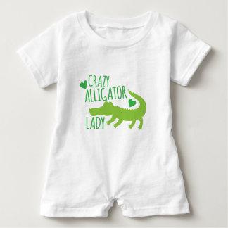 Macacão Para Bebê senhora louca do jacaré