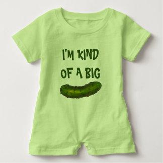 Macacão Para Bebê Tipo de I'm de salmouras verdes grandes de uma