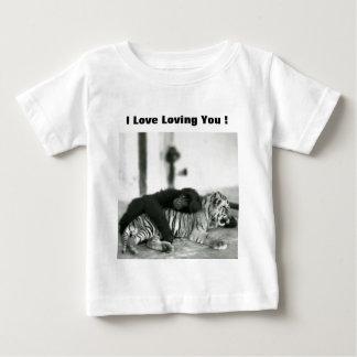 Macaco e tigre engraçados do dia dos namorados camisetas