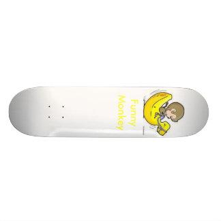 Macaco engraçado shape de skate 18,4cm