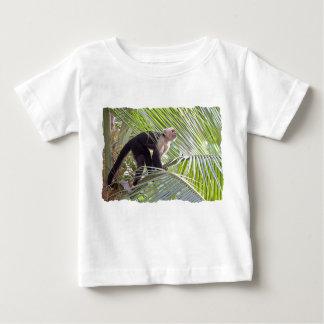 Macaco na foto de bambu da selva tshirts