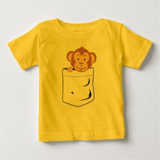 Macaco no bolso camiseta para bebê