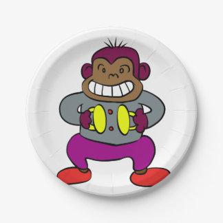 Macaco retro com brinquedo dos pratos