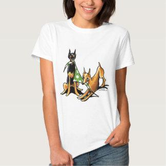 Maçãs do Pinscher diminuto n T-shirts