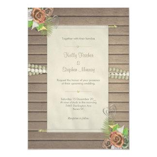 Madeira rústica e convite floral do casamento