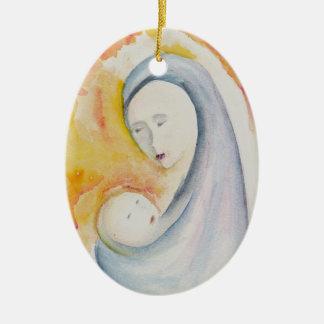 Madonna e ornamento da criança