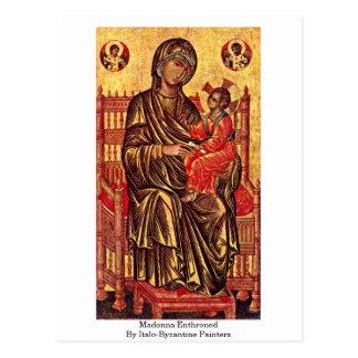 Madonna Enthroned por pintores Italo-Bizantinos Cartão Postal