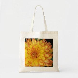 Mãe amarela bolsa