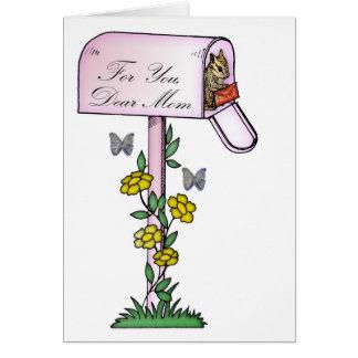 Mãe, dia das mães, esquilo bonito cartão comemorativo