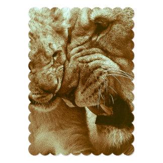 mãe do leão com seus jovens convite 12.7 x 17.78cm