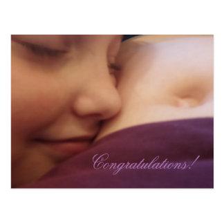 Mãe e filha, cartão da gravidez