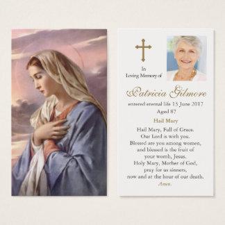 Mãe santamente do cartão fúnebre da oração