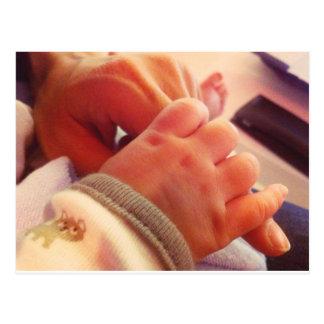 Mãe tailandesa e seu bebê pequeno cartão postal
