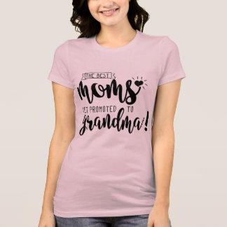 Mães promovidas à avó - camisa cor-de-rosa bonito