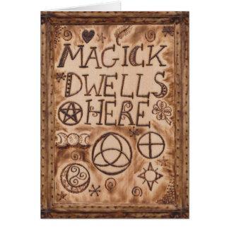 Magick Prim reside aqui bruxa pagã Cartão Comemorativo