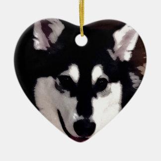 Malamute do Alasca de sorriso preto e branco Ornamento De Cerâmica Coração