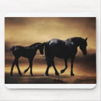 Mamã dos cavalos e I Mousepad