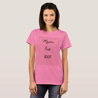 Mama Est. 2008 partes superiores comemorativos Camiseta