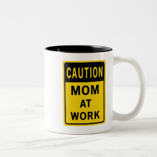 Mamã na caneca do trabalho