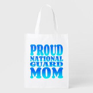 Mamã orgulhosa da guarda nacional sacolas reusáveis