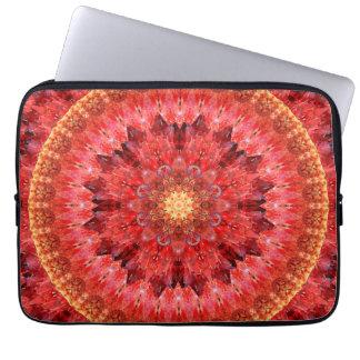 Mandala de cristal do fogo capa para laptop