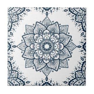 Mandala floral azul escuro & quadro azulejo quadrado pequeno