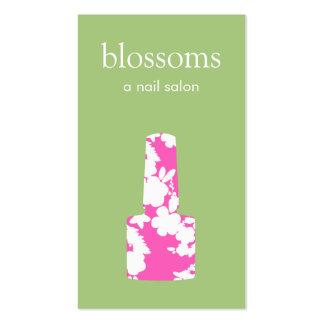 Manicuro cor-de-rosa e verde bonito do salão de cartão de visita