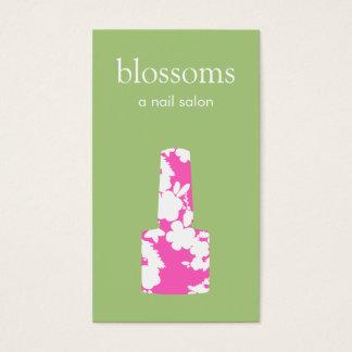 Manicuro cor-de-rosa e verde bonito do salão de cartão de visitas