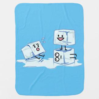 Manta De Bebe água gelada do cubo dos cubos de gelo que desliza