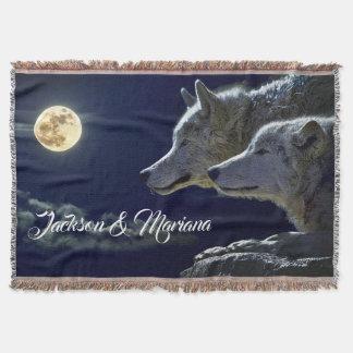 Manta Lobos cinzentos sob uma Lua cheia