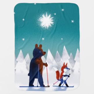 Manta Para Bebe Esqui bonito do urso e do Fox sob estrelas em uma