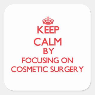 Mantenha a calma centrando-se sobre a cirurgia adesivo em forma quadrada