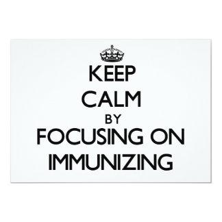Mantenha a calma centrando-se sobre a imunização convites personalizado