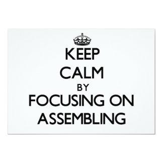 Mantenha a calma centrando-se sobre a montagem convites