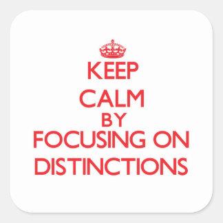 Mantenha a calma centrando-se sobre distinções adesivo quadrado