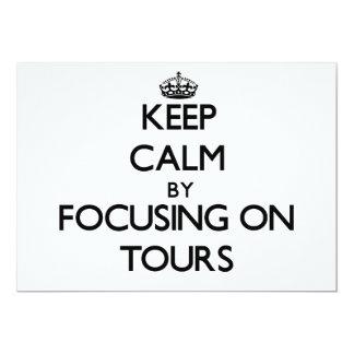 Mantenha a calma centrando-se sobre excursões convite personalizado