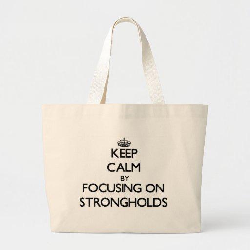 Mantenha a calma centrando-se sobre fortalezas bolsas para compras