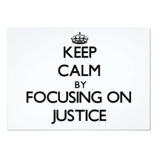 Mantenha a calma centrando-se sobre justiça convite personalizado
