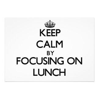 Mantenha a calma centrando-se sobre o almoço