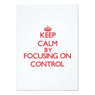 Mantenha a calma centrando-se sobre o controle convite 12.7 x 17.78cm