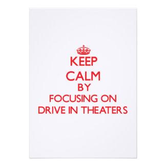 Mantenha a calma centrando-se sobre teatros do convite personalizados